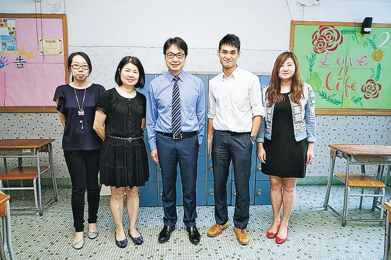 高主教書院副校長楊世德(左三)、梁淑誼(右一)、杜佩儀(左一)和王文彥老師(右二)